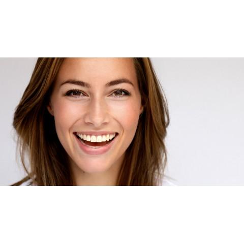 Conservez la blancheur de vos dents, avec notre gamme spécifique.